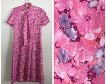 1970s purple and pink floral ascot dress S