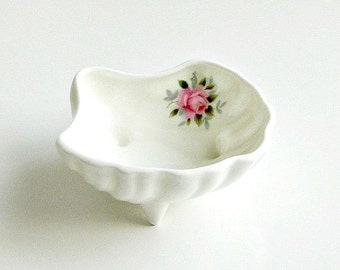 Vintage Trinket Dish, Bone China Trinket Dish, White with Pink Roses, Made in England by Jubilee China, Gift for Her.