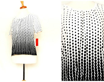 Black & white graphic cotton knit sweater / ombre polka dots / unique optical illusion ladies fashion / new old stock with tags