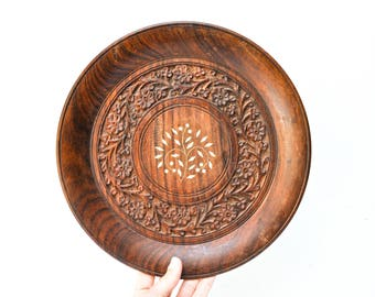 Vintage Carved Wood Circular Decorative Platter or Wall Hanging
