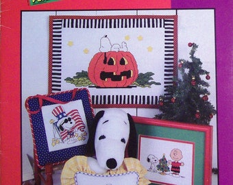 Leisure Arts | Peanuts ALL YEAR LONG | Counted Cross Stitch Pattern | Chart | Holidays | Snoopy | Charlie Brown | Lucy | Linus
