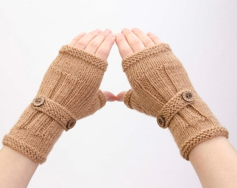 SALE -Knitted fingerless gloves in camel