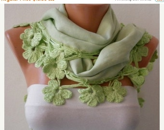 ON SALE --- Light Green Floral Pashmina Scarf Winter Scarf Easter Cotton Shawl Cowl Gift Idaes For Her Women's Fashion Accessories Mother's