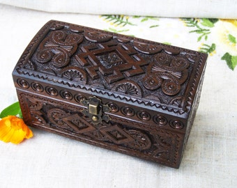 Wooden box Jewelry box Ring box Wood box Wedding ring box Black ring box Black magic Wood carving Jewellery box Wood carving Box wood B23