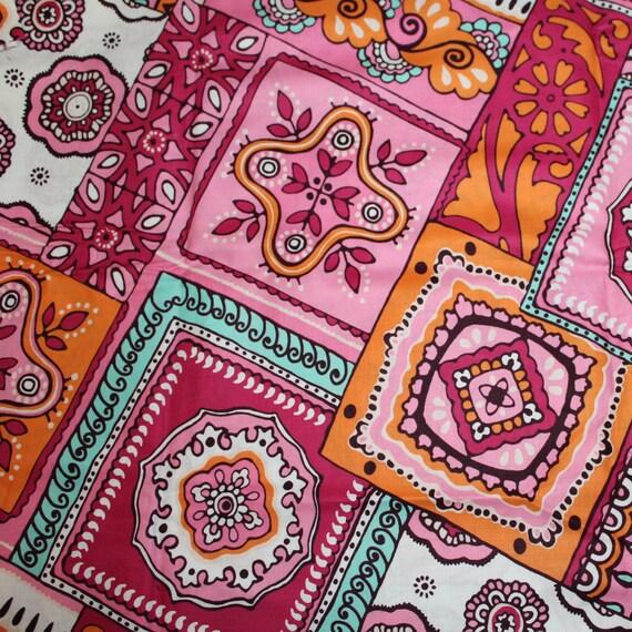 Retro Flower Fabric 100% Cotton Quilt Apparel Sewing Craft Abstract Fabric Large Flower Fabric Retro 70's Fabric