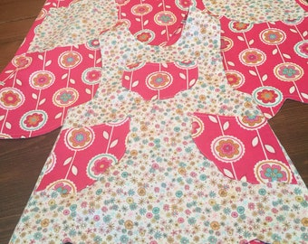 Mommy and Me Scalloped Reversible Aprons