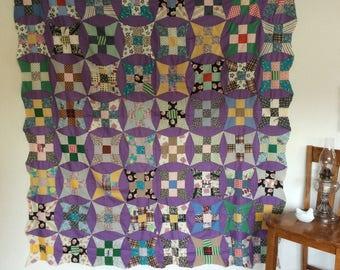 Vintage Quilt Top Curved 9-patch, Purple Sashing, Curved Edge, Excellent Condition