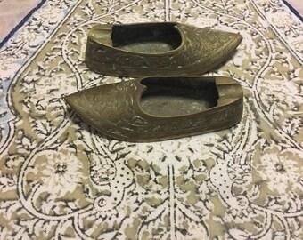Brass slipper ashtray vintage inscense burner Asian Indian old slipper pocket ashtray solid vintage brass decorative vintage pair of shoes