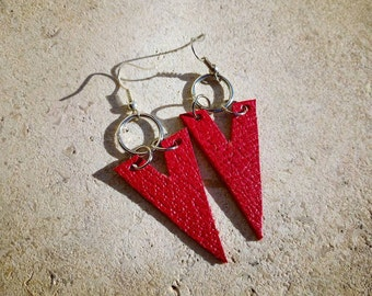 Leather and steel arrow earrings. Lightweight fashionable stylish red