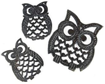 owl , trivet, set of 3, cast iron, footed trivet, wall hanging, black, vintage kitchen, drink coaster, bird art, plant holder