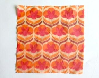 Objectify Waxy Wrap Large Size - Retro Poppy Print