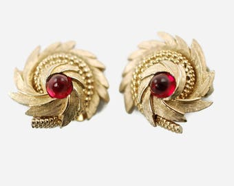 """Vintage Boucher Domed """"Comet"""" Earrings with Red Cabochon Detail 7920E"""