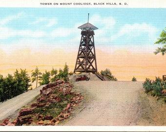 Black Hills, South Dakota, Mount Coolidge, Tower - Linen Postcard - Vintage Postcard - Unused (W)