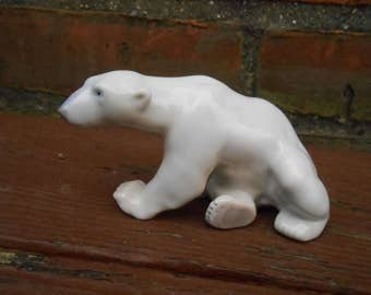 Vintage  Bing and Grondahl B&G Polar Bear Figurine 2217