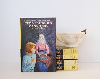 The Mysterious Mannequin Nancy Drew Book by Carolyn Keene