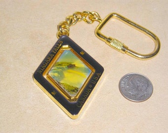 Vintage Beautiful Niagara Falls Keychain 1970's Jewelry C12