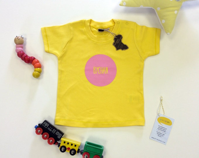 Featured listing image: Baby Clothes Yellow T-shirt Welsh Text Bychan Little Pink Unisex