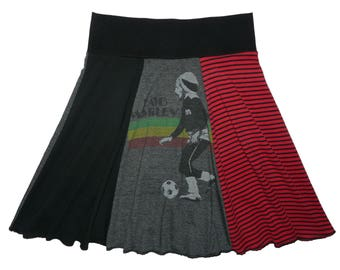 Bob Marley Hippie Skirt Women's Small Medium Upcycled Skirt Reggae T-Shirt Skirt Repurposed Skirt Tie Dye Skirt Twinkle skirts Twinklewear
