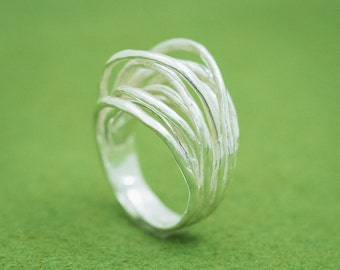 Japanese silver ring - Linear texture ring - Adjustable design - Branch nature motif