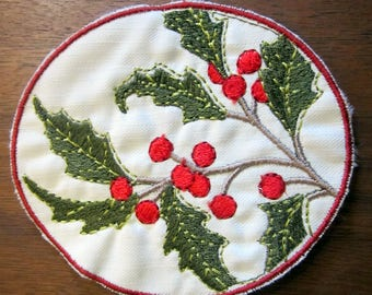 Embroidered Holly & Berries Award Patch Badge White Red Green Christmas