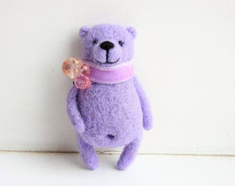 Needle Felted Lilac bear brooch / Mothers day gift / Kids brooch/ Eco friendly jewerly / Kids jewerly