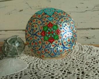Retro Painted Seashell Tea Light Holder + Home Decor - Vintage Beach Chic Painted Shell or Decor, OOAK Vintage Gift, Boho Chic Shell Art