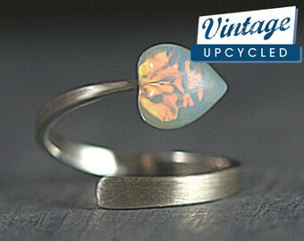 Sterling vintage opal heart ring. Wrap ring with vintage fire opal heart. 925 gift for her. Valentines gift.