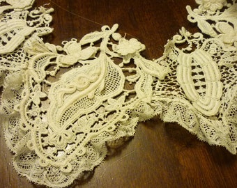 EXTRAORDINARY  Point De Gaze Lace COLLAR..Capelet..Lappet..Handmade...Raised Detail  French Lace...Lace Collector...Perfect..Huge