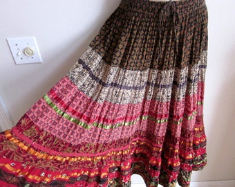 Vintage maxi skirt boho chic ethnic hippie tiered prairie full sweep  M L