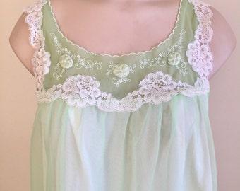 Vintage 1960s Misses' Aristocraft by Superior Green Nylon Nightgown Nightie 10 12