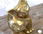 MCM cat pair, brass, Siamese, metal, hollywood regency, golden figurines, felines, animals, cats