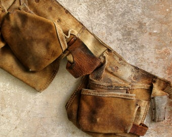 vintage leather tool belt and double pouches, man cave decor, carpenter tool belt, construction tool belt, prop, Craftsman tools