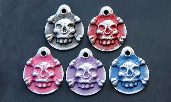 Dog ID Tag Gifts for Pets Metal Dog Tag Pet ID Tag Skull Crossbones Pet Tag Dog Name Tag Pet Accessory Custom Personalized