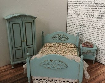 Distressed sea form green dollhouse bedroom set.