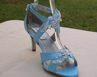 BLUE Wedding Shoes Modern Cinderella mid heels,Peep toe,ankle CROSSED strap shoes, Great Gatsby style, Old Hollywood, Shoes 30s 40s