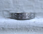 Stunning Vintage Platinum Baguette Diamond Channel Wedding Band - 0.72ct.
