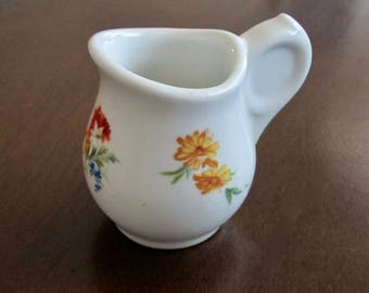 Creamer with Unusual Closed Handle by Scammell's Lamberton China 1928-30 American Restaurant Ware