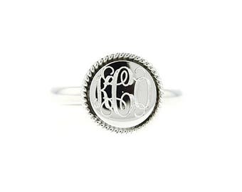 Sterling Silver Personalized Monogram Engraved Ring Round Rope Edge Ring Rope Trim Signet Ring for Teen or Junior