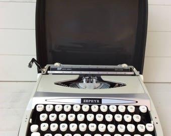 Smith-Corona ZEPHYR Portable Typewriter~Carry case~1970s Vintage Typewriter~
