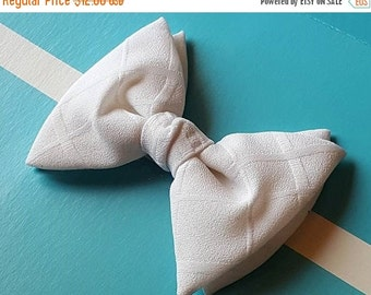 40%OFFSALE 70s Bow Tie Fat Tie Prom Vintage Wedding White Royal Rust Resistant