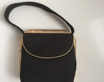 SALE! 1940s box bag compact purse