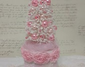 Shabby White and Pink Christmas Tree Decor, Christmas Spirit Box, Christmas Tree, Pink Ornaments, Pink Roses, Christmas