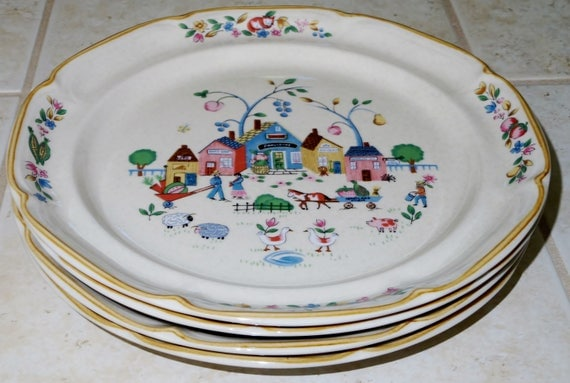 "4 HEARTLAND VILLAGE 11"" Dinner Plates Stoneware International #105 China Village Shops Names Scenes Ecru Multi Colored Excellent Condition"