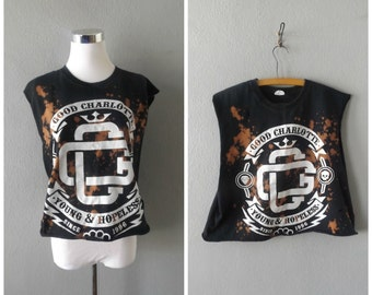 Good Charlotte Band Tee || Bleached Worn In Punk Rock Music T-shirt Size L//Large Hipster Rocker Tshirts 90s Distressed Concert Shirt Boho