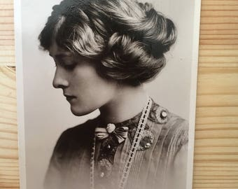 Phyllis Dare - Edwardian Actress - Vintage Photograph - Collectable Item - Vintage Theatre -