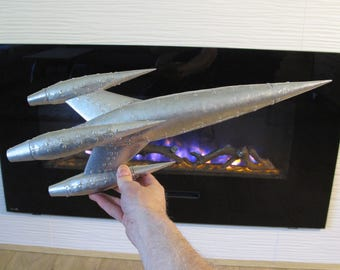 Rocket sculpture, Retro Rocket, Rocketship, Spaceship, Rocket ship, an original design by Steve Eichenberger, riveted, aluminum, OOAK