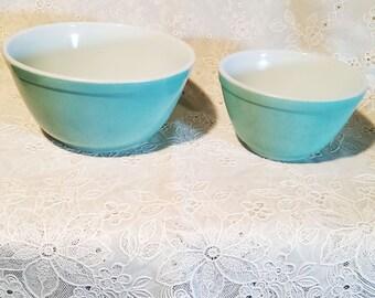 Vintage Pyrex Nesting Bowls Robin's Egg Blue  1 1/2 Qt 4 oz