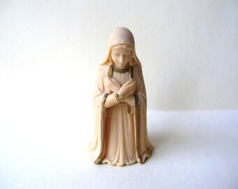 Vintage Mary Figurine - Hong Kong - Religious Statue - Nativity
