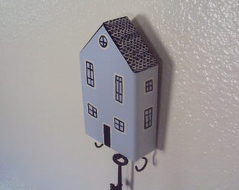 Wood House Key Hanger - Primitive Hallway Wall Decor - Cottage Chic Folk House Key Holder - Decorative Key Hook - Grey Cottage Key Rack