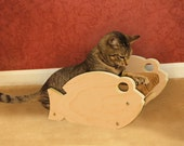 TinoFish - Fish Shaped Cat Scratcher